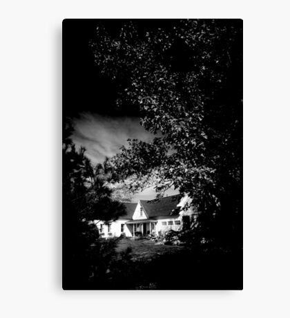 MAINE HOUSE, NEW ENGLAND USA Canvas Print