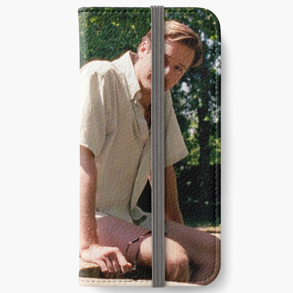 139 iPhone Flip-Case