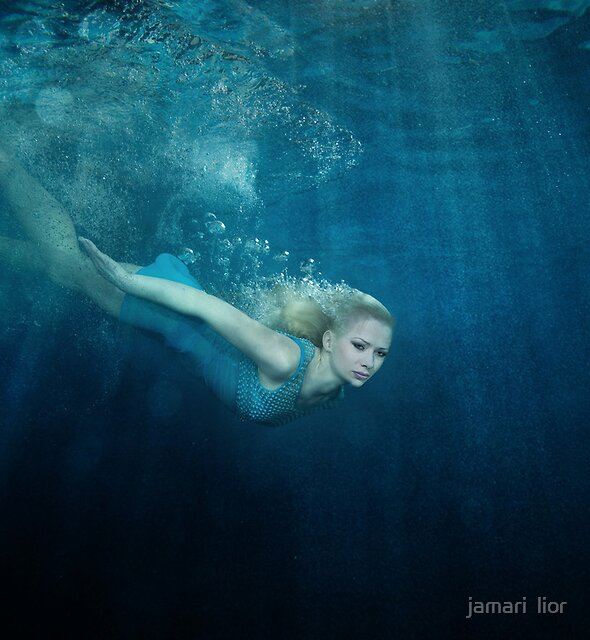 OCEANIC FAIRYTALES - Down the rabbit hole by jamari  lior