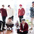 «Foto del grupo temático de vacaciones BTS - 2018/2019» de KpopTokens