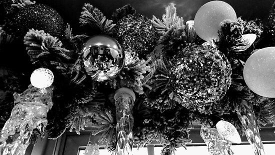 Holiday Deco by printsbygina