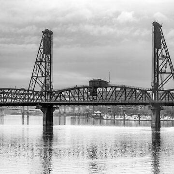 Hawthorne Bridge in Portland in Black and White by cheesim