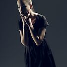 PAINT IT BLACK by Maree Spagnol Makeup Artistry (missrubyrouge)