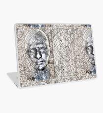 A-MAZE-ing Man! Laptop Skin