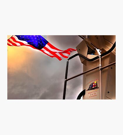 To Fallen Heros-Old Glory Photographic Print