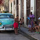 Havana Street Life by Sue  Cullumber