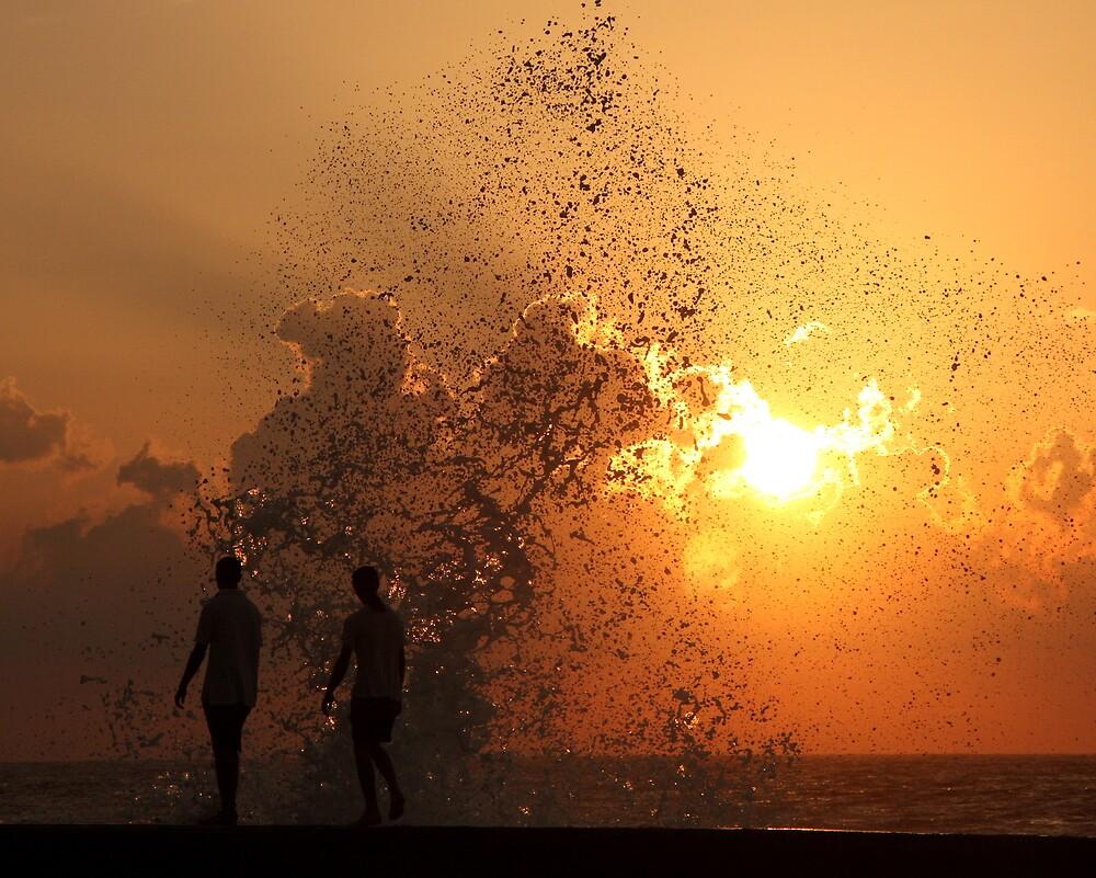 Sunset Through the Splash (Havana) by BGpix