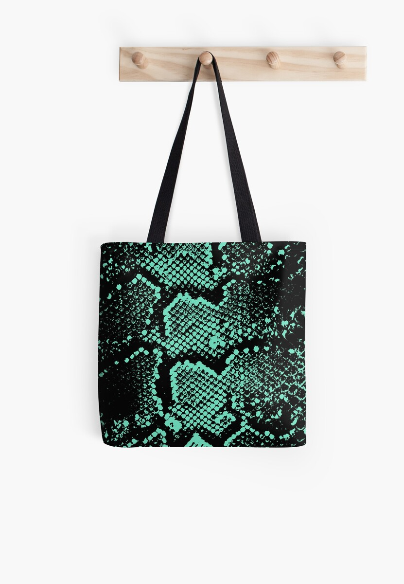 Python in turquoise by chihuahuashower