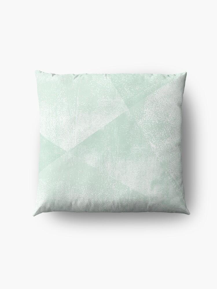 Alternative Ansicht von Minze grüne und weiße geometrische Dreiecke Linostrukturdruck Bodenkissen