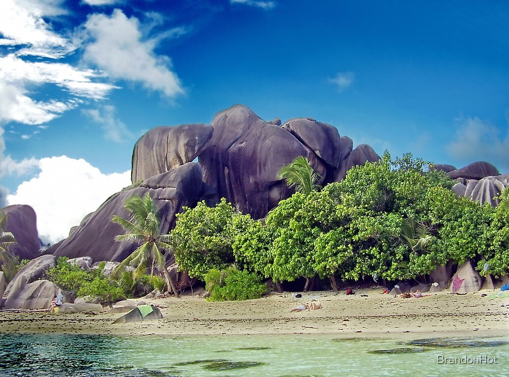 Rocks on island La Digue by BrandonHot