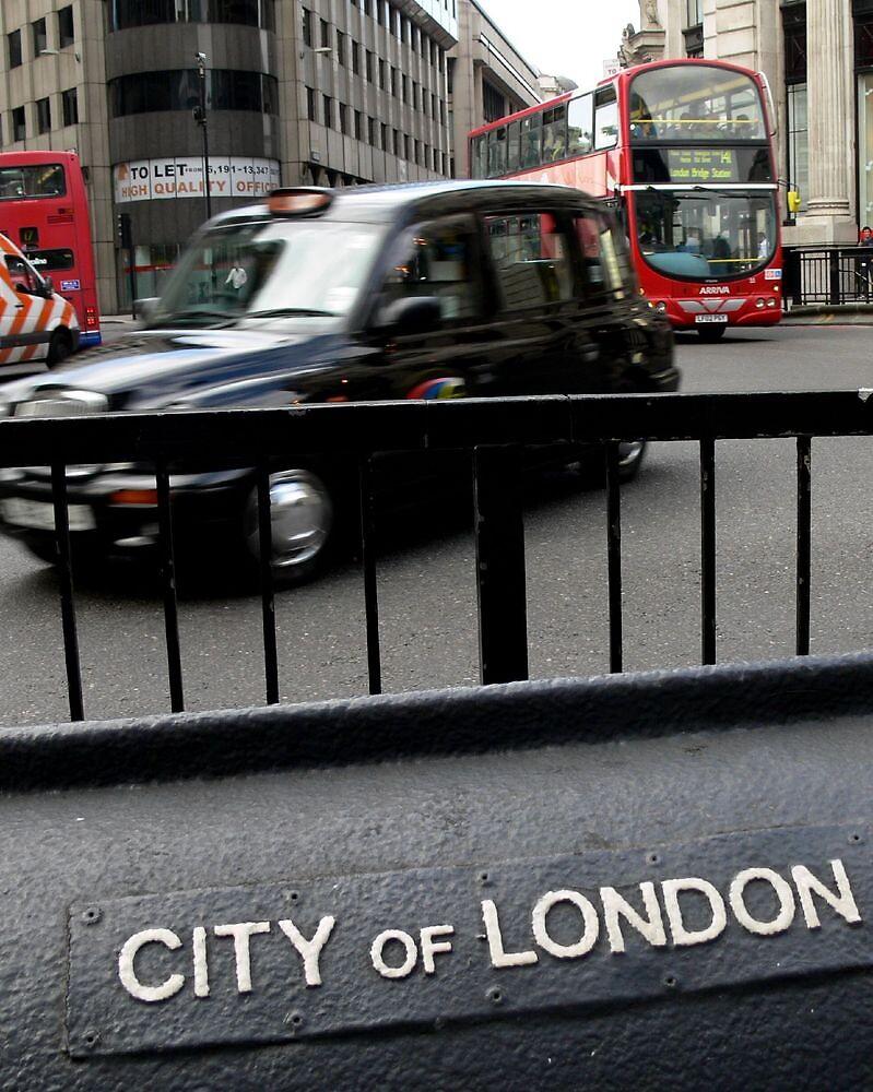 London Transport (UK) by BGpix