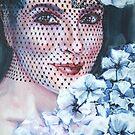 « Portrait femme à la voilette » par Fabienne Monestier