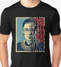 Frauen gehören an allen Orten Unisex T-Shirt