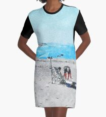 Bathers on the beach of Scalea Graphic T-Shirt Dress