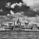 Országház by Rodney Johnson