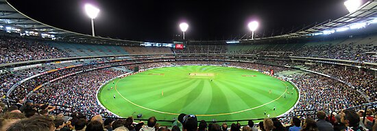 MCG - Australia Vs Pakistan by Peter Redmond