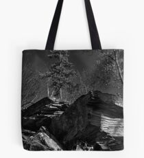 Staggered Tote Bag