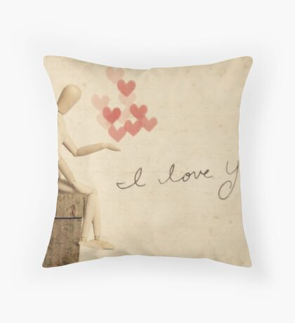 i carry your heart with me, i carry it in my heart Throw Pillow