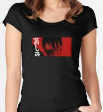 N a g a // 3 Tailliertes Rundhals-Shirt
