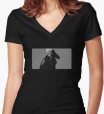 N a g a // 5 Shirt mit V-Ausschnitt