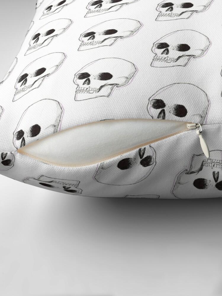 Vista alternativa de Cojines de suelo cráneo blanco y negro