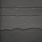 Perpendicular and parallel in grey by PeterBusser