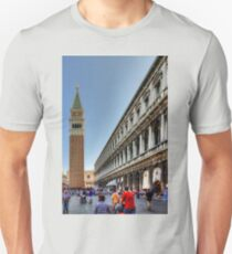 St Mark's Basilica and Procuratie Nuove T-Shirt
