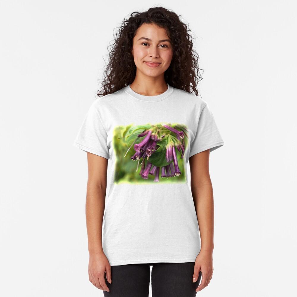 Purple Iochroma Flowers Classic T-Shirt