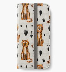 Tigers iPhone Wallet/Case/Skin