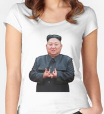 Kim Jong Izz-Ung Tailliertes Rundhals-Shirt