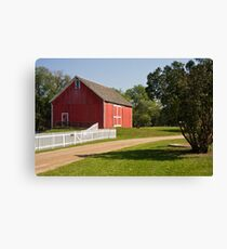 Traditional American barn Canvas Print