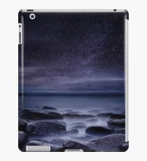 Shining in darkness iPad Case/Skin