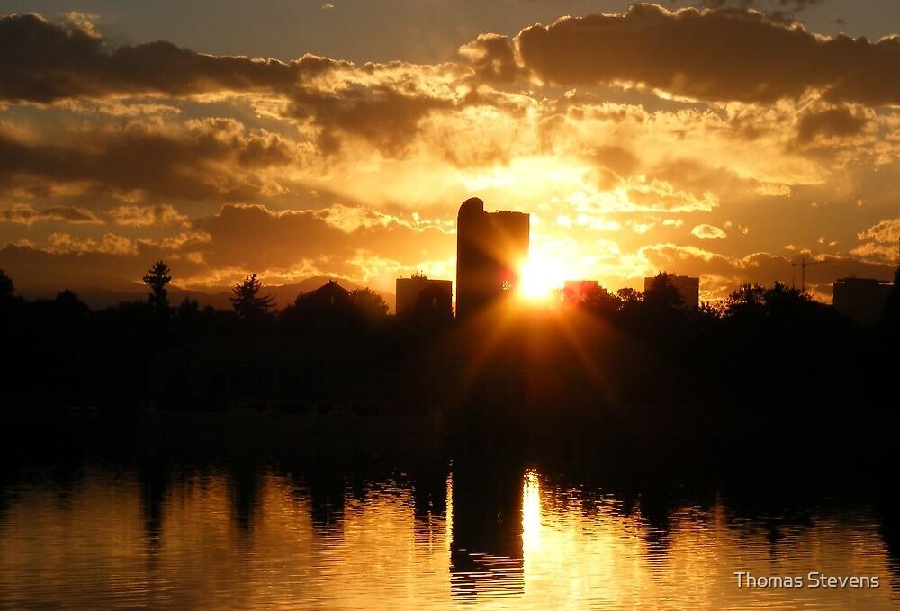 A burst of sunset, Denver's famous skyline by Thomas Stevens