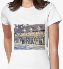 The Horse and Hound inn, Broadway, Cotswolds Women's Fitted T-Shirt