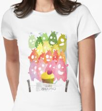 Free cupcakes! Women's Fitted T-Shirt