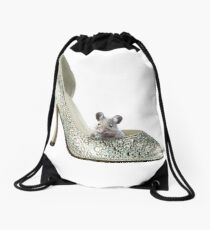 a mouse and a shoe Drawstring Bag