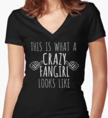 this is what a crazy fangirl looks like (white) Women's Fitted V-Neck T-Shirt