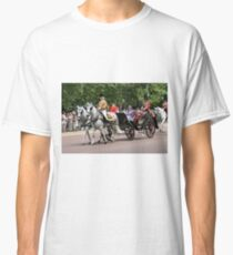 Her Majesty The Queen in a horse drawn carriage Classic T-Shirt