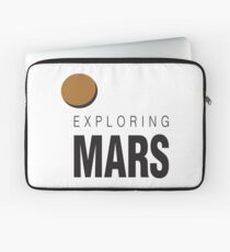 Exploring Mars Astronaut Colonization of Mars. Astronaut in Spacesuit on Red Planet. Laptop Sleeve