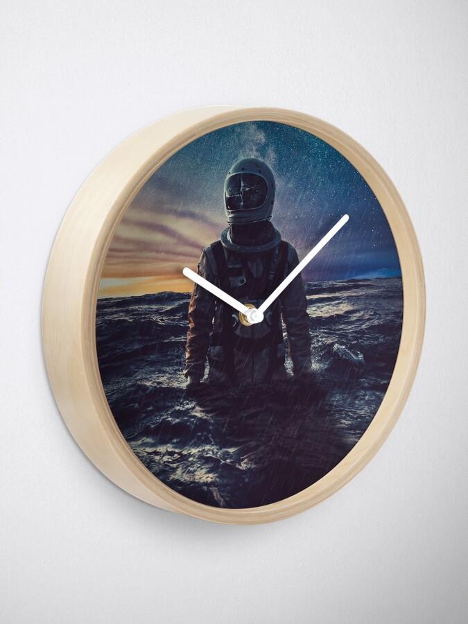 Alternate view of Stranded Clock