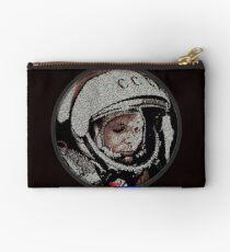 Yuri Gagarin Art Contest 2011 [ascii art - code only] Pochette