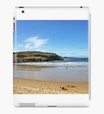A Chilly Picnic - Farr Bay, Sutherland iPad Case/Skin