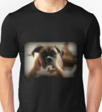 Gesicht der Unschuld ~ Boxer-Hundeserie Slim Fit T-Shirt