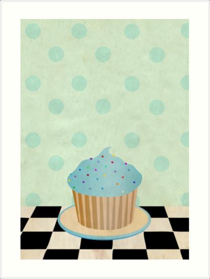 Delicious cupcake by averyboringname
