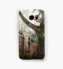 tree and gate Samsung Galaxy Case/Skin