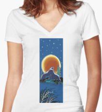 Blood Red Wolf Moon Women's Fitted V-Neck T-Shirt