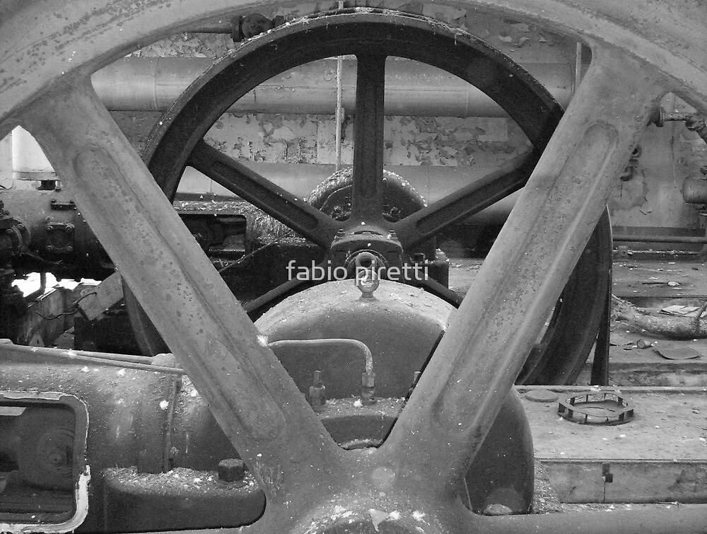 concentric wheels  by fabio piretti