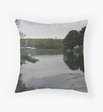 MIRRORLAND Throw Pillow