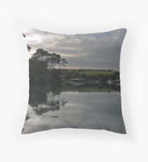 MIRRORLAND 2 Throw Pillow