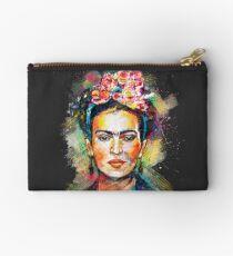 Frida Kahlo (dunkle Ausgabe) Studio Clutch